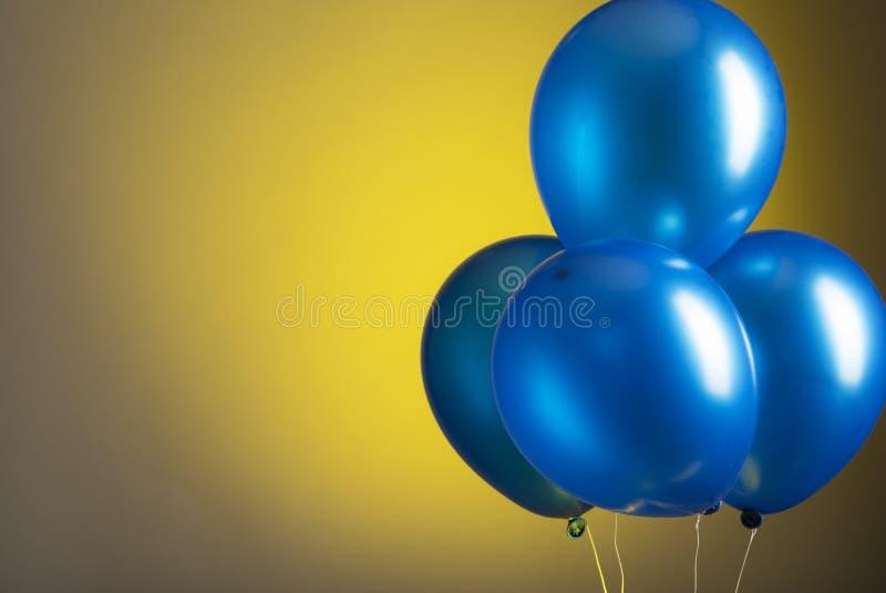 Balões azuis fotos de stock