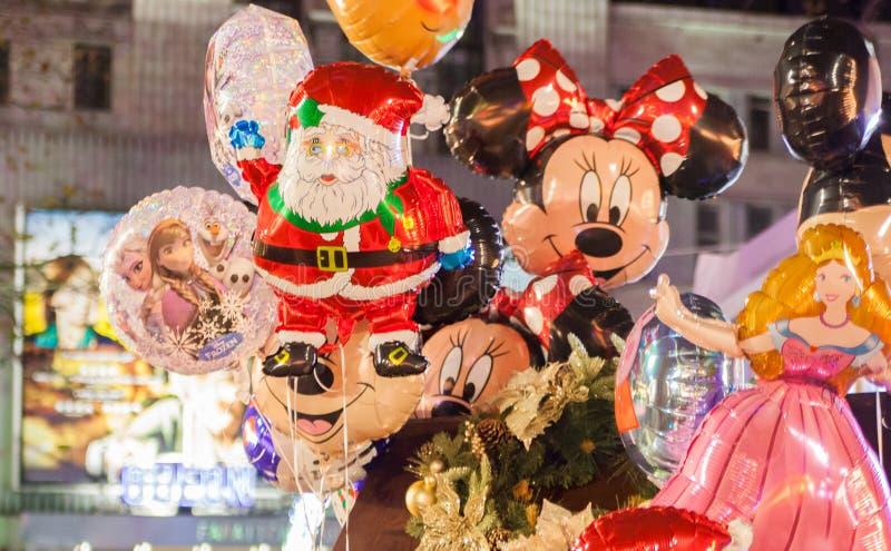 Balões da folha Feira de divertimento tradicional quadrada de Leicester, Londres imagens de stock