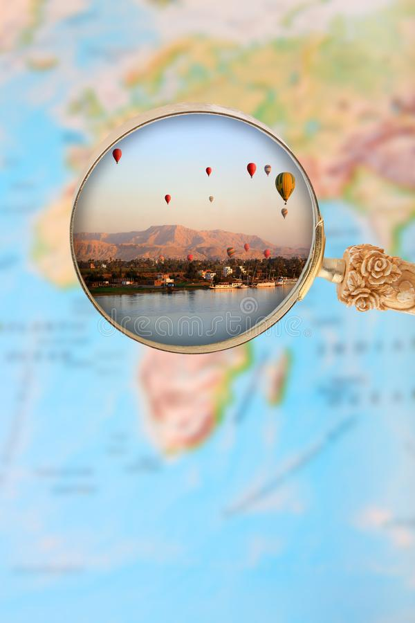 Balões de Luxor no alvorecer com lupa foto de stock