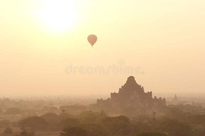Balões e pagodes foto de stock royalty free