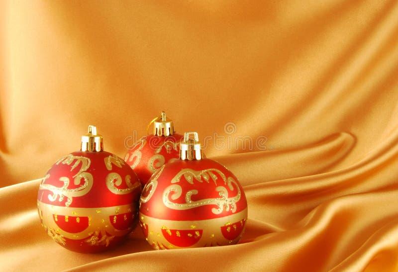 Bal rojo de la Navidad imagen de archivo libre de regalías
