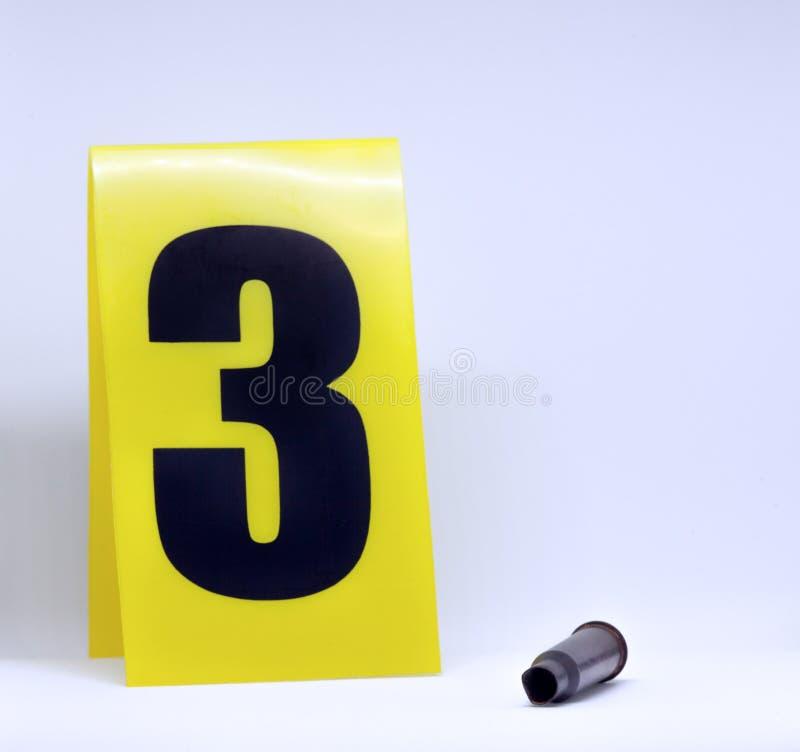 Bala y marcador de la escena del crimen imágenes de archivo libres de regalías