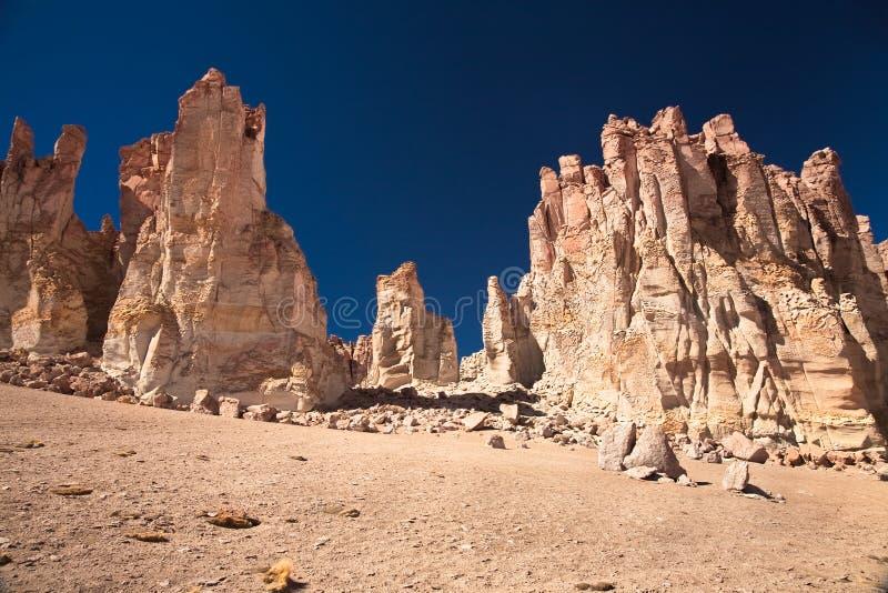 Balanç catedrais em Salar de Tara, o Chile fotografia de stock royalty free