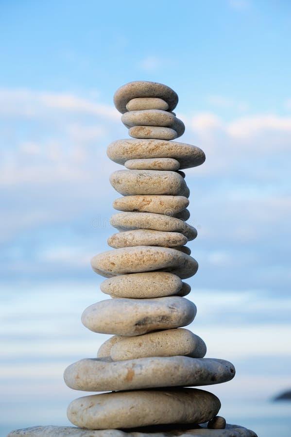 Download Balanço do zen foto de stock. Imagem de empilhado, balanço - 26510900