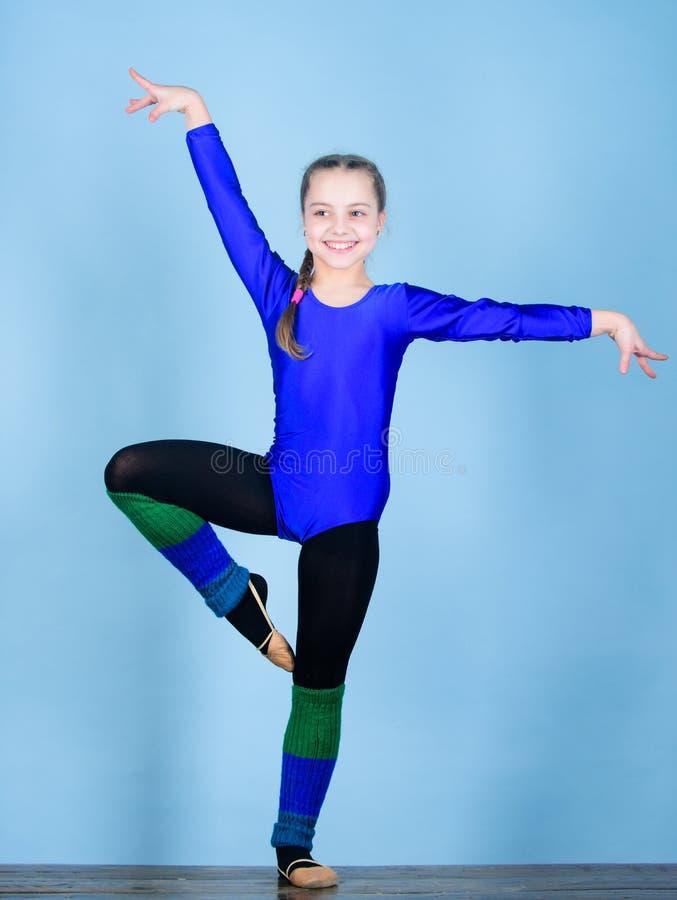 Balance sua vida Ilustração do bailado dancer gymnastics Desportista feliz da criança Esporte e saúde Exercício do gym da acrobac fotografia de stock royalty free