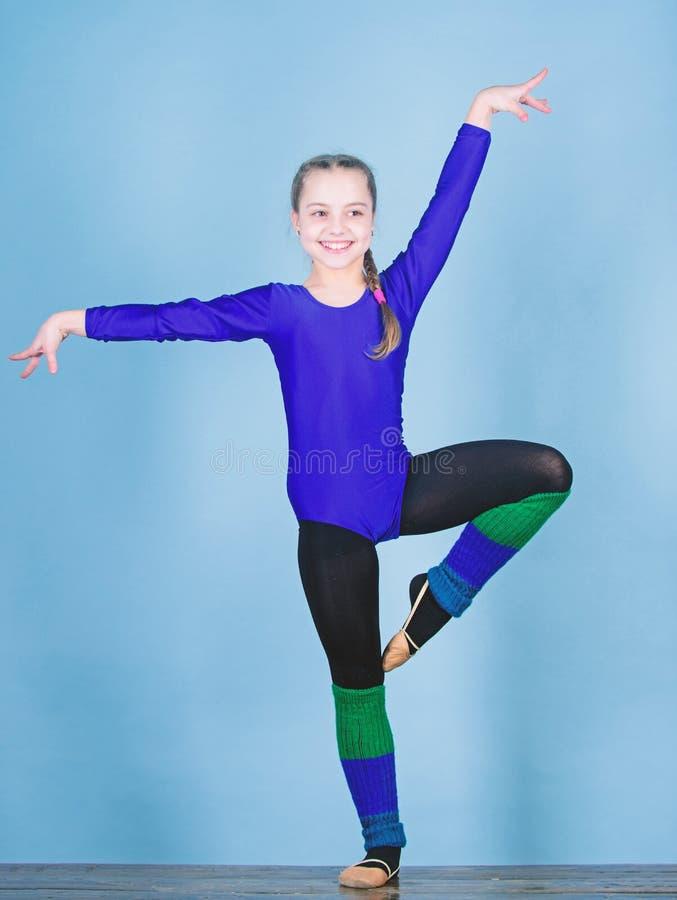 Balance sua vida Ilustra??o do bailado dancer gymnastics Desportista feliz da crian?a Esporte e sa?de Exerc?cio do gym da acrobac imagens de stock royalty free