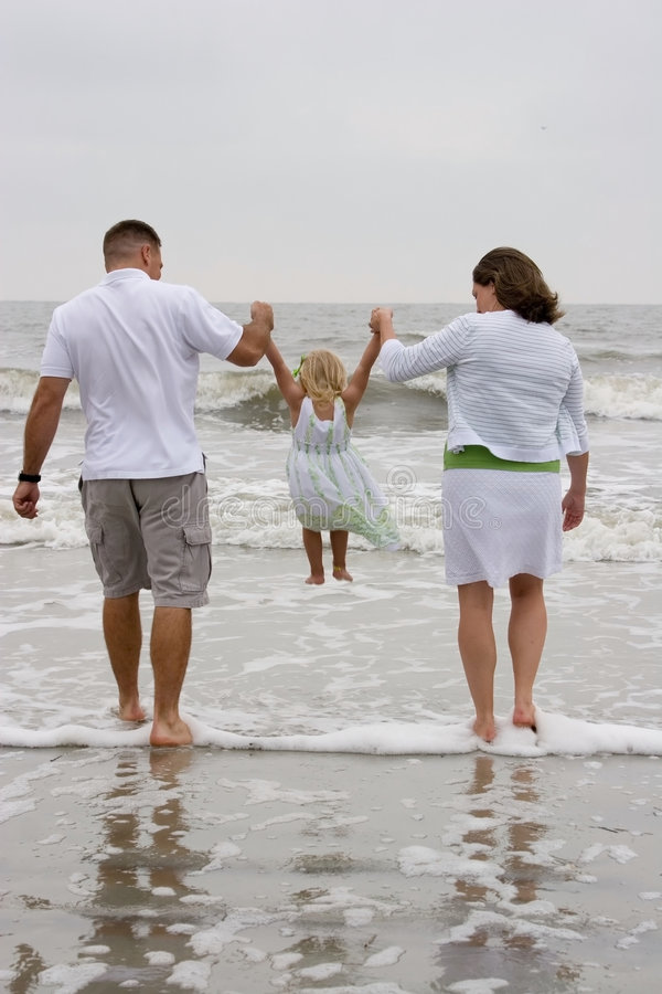 Balanceo en la playa imagenes de archivo