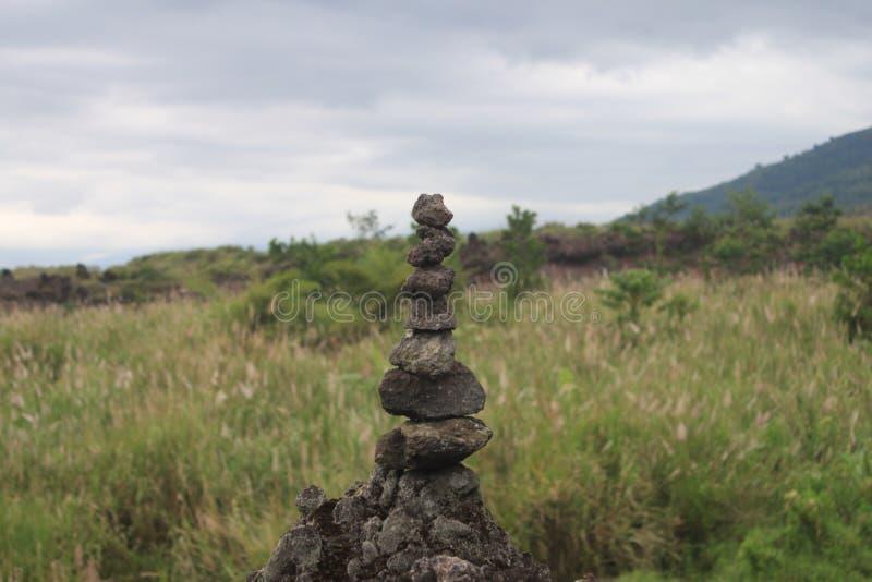 balanserar arkivfoto