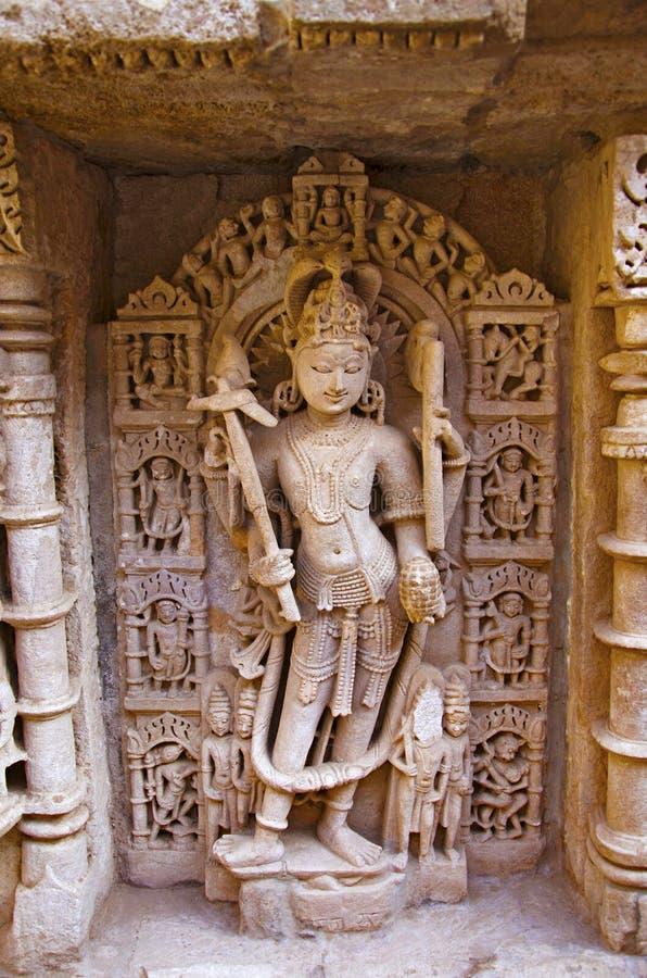 Balaramabeeldhouwwerk, Binnenmuur van Ranien ki vav, ingewikkeld geconstrueerd stepwell op de banken van Saraswati-Rivier Patan,  royalty-vrije stock foto's