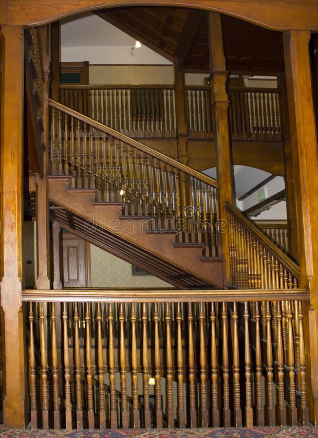 Balasy w starej klatce schodowej zdjęcie stock