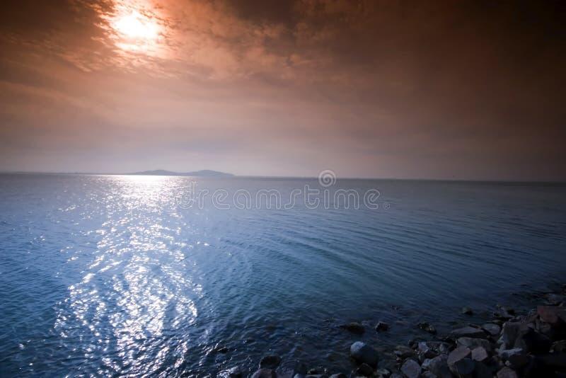 balaton码头石头日出 库存图片