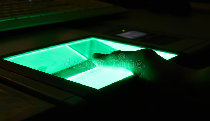 balayage numérique d'empreinte digitale de cybersecurity photos stock