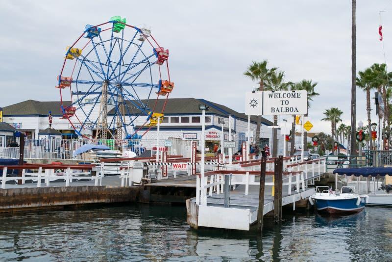 Balboa wyspy molo blisko Newport schronienia plaży w California fotografia royalty free