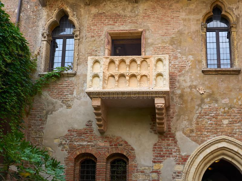 Balcão do ` s de Juliet, Verona, Itália imagens de stock