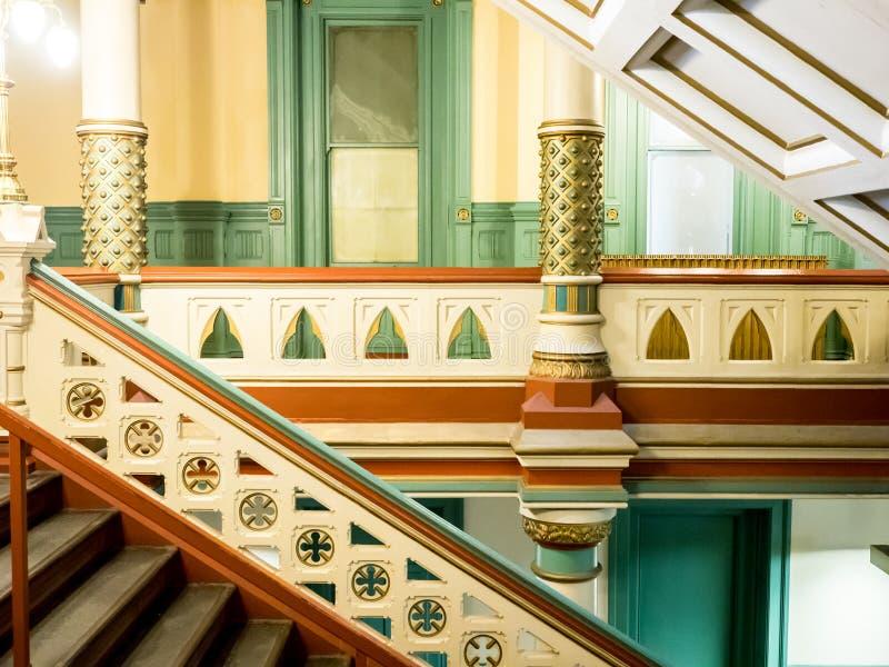 Balcão e escadas na câmara municipal velha, Richmond fotos de stock