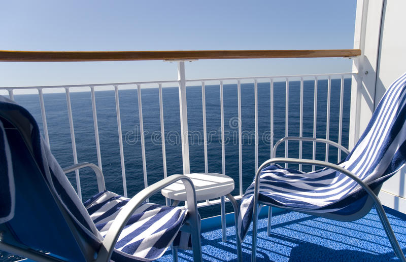 Balcón de un barco de cruceros fotografía de archivo libre de regalías