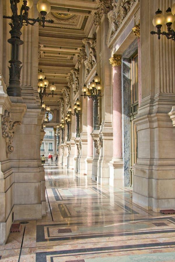 Balcón del teatro de la ópera de Garnier fotografía de archivo libre de regalías