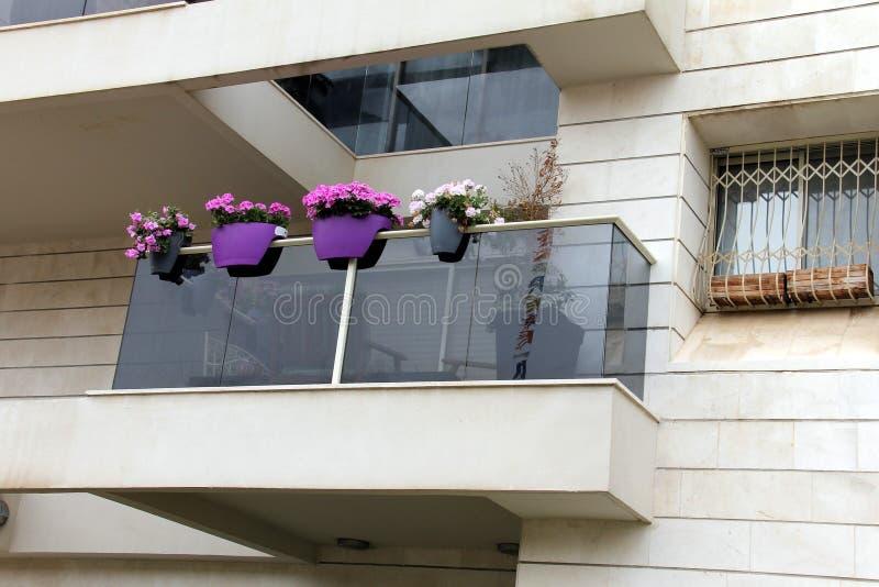 Balcón moderno foto de archivo