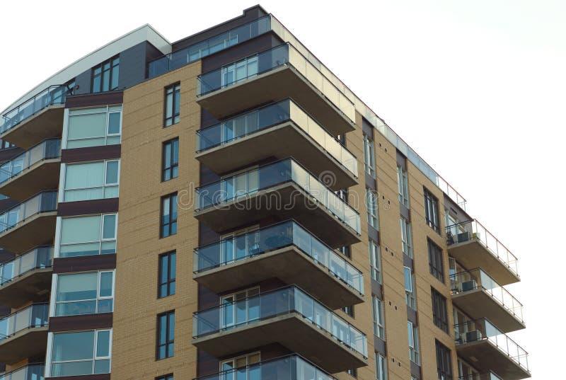 Balcón superior constructivo del apartamento imagen de archivo libre de regalías