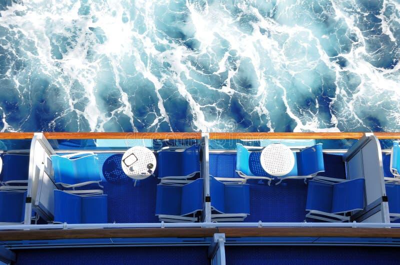 Balcões do navio de cruzeiros foto de stock