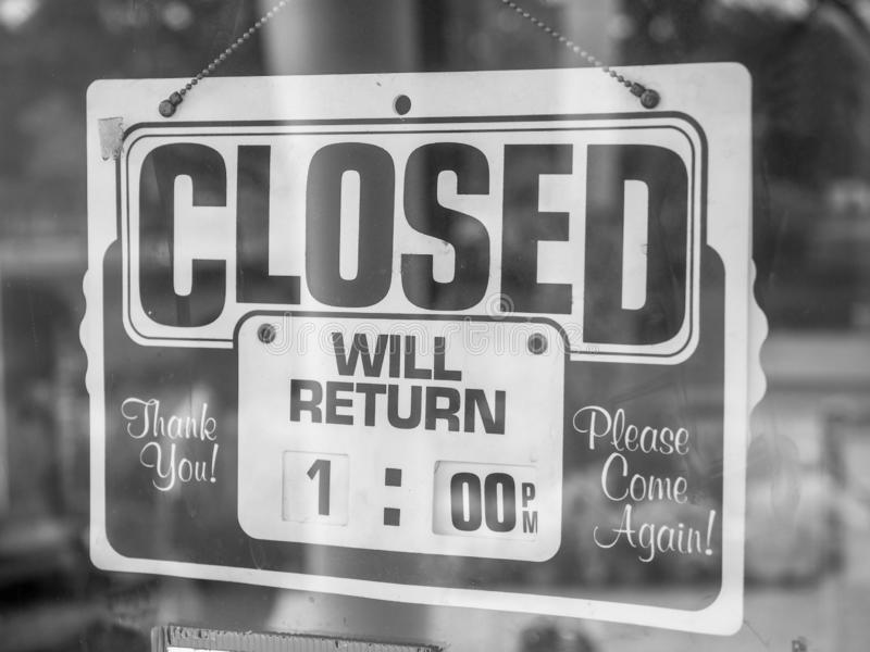 Balck and white Closed / Will return.  royalty free stock photography