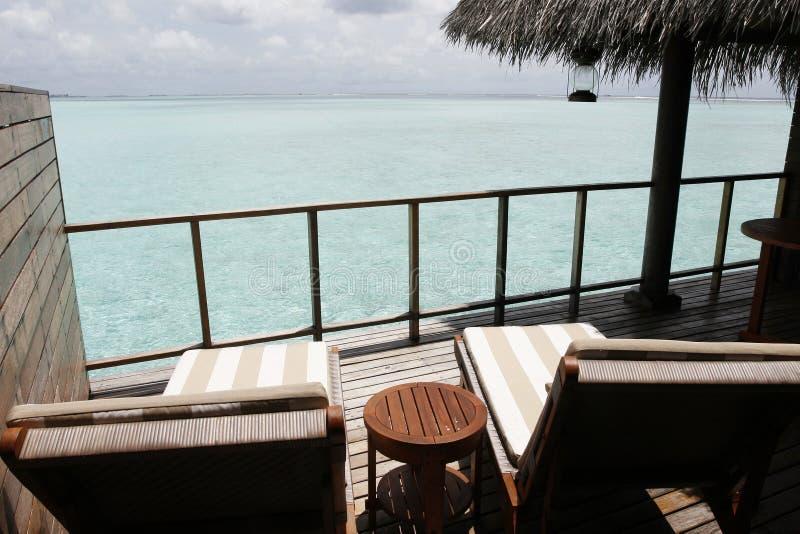 Balcon avec le paysage marin tropical image stock