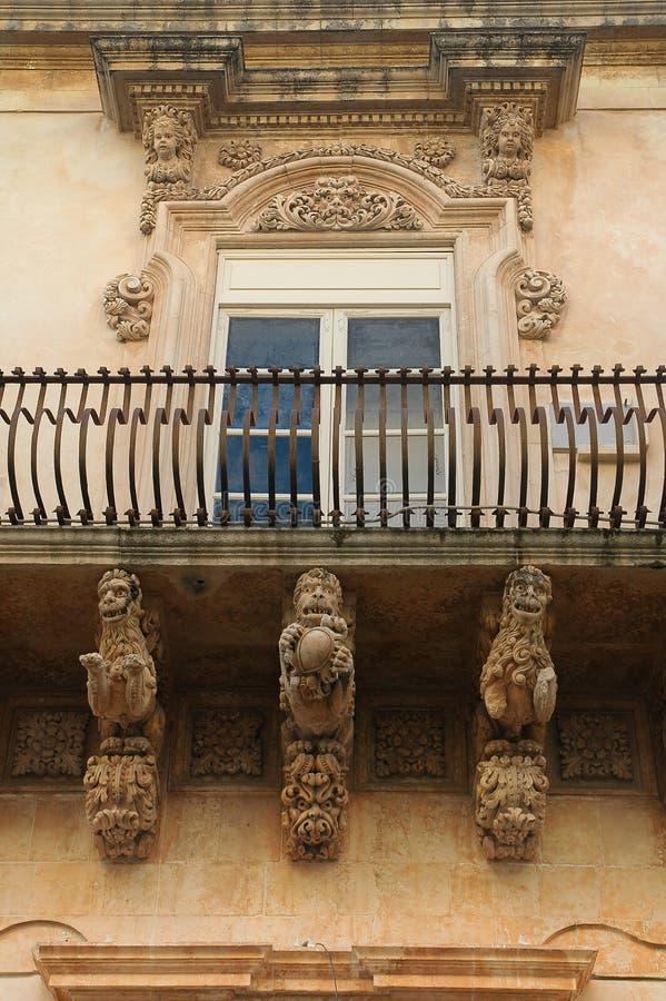 Balcon baroque de Noto image stock