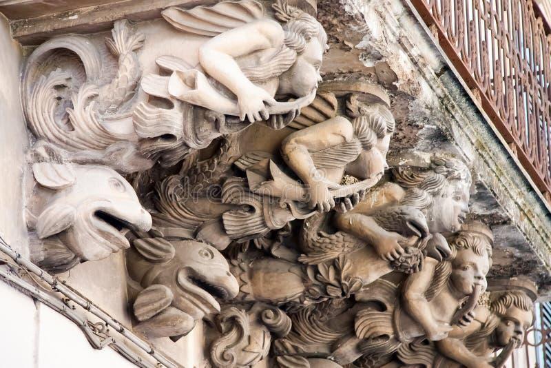Balcon dans le type baroque image libre de droits
