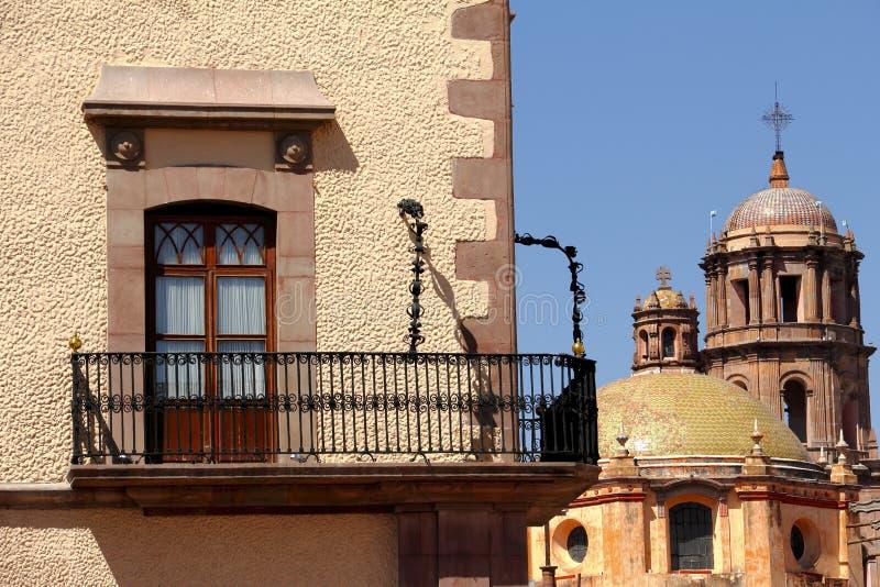 Balcon et beffroi photos stock