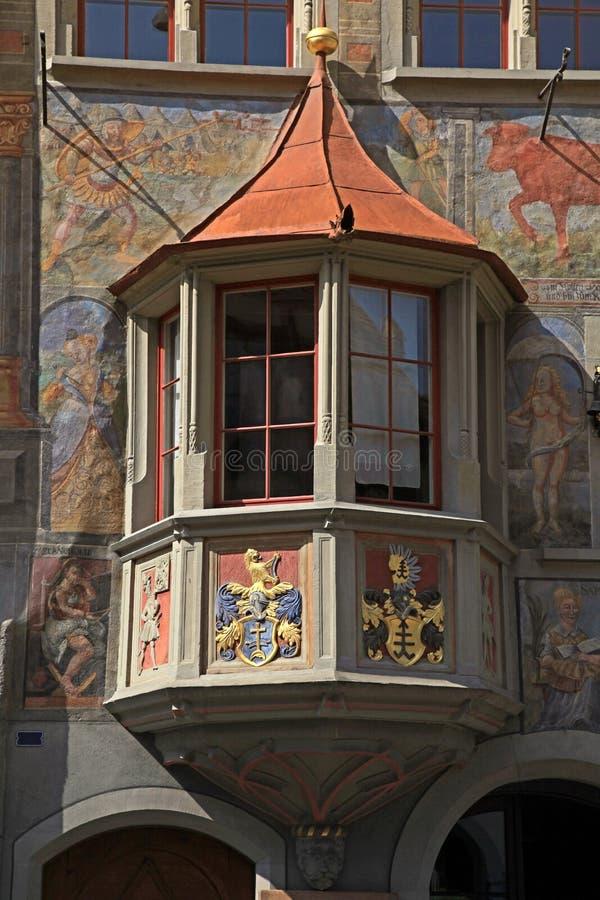 Balcon médiéval à Stein am Rhein, Suisse. photographie stock