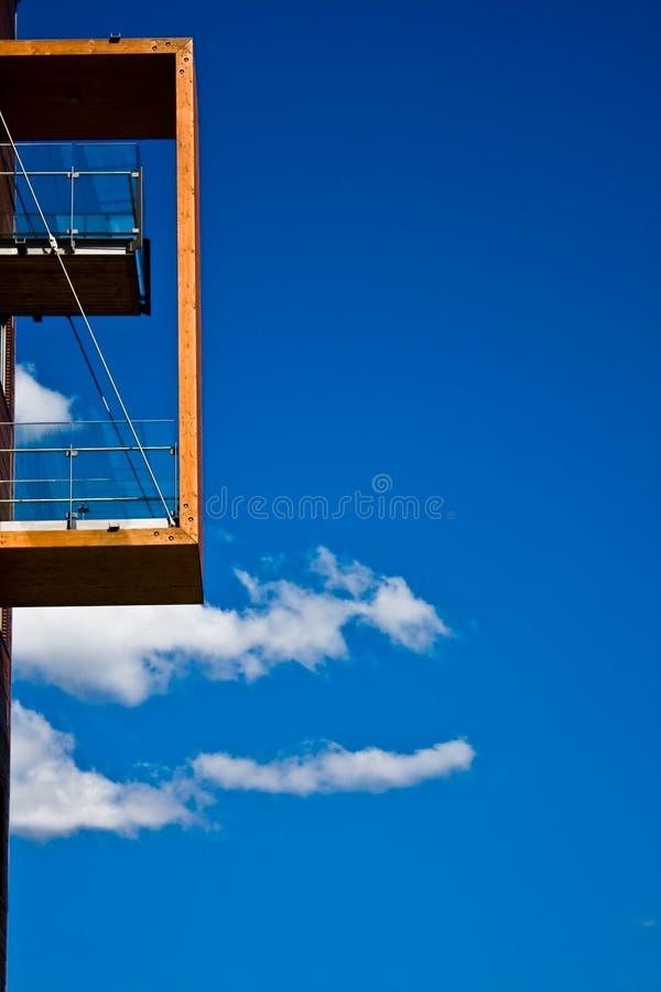 balcon moderne en bois photo stock image du ligne vacances 14357248. Black Bedroom Furniture Sets. Home Design Ideas