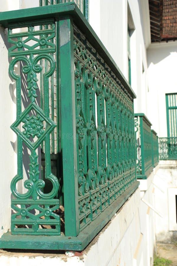 Balcon vert photo libre de droits