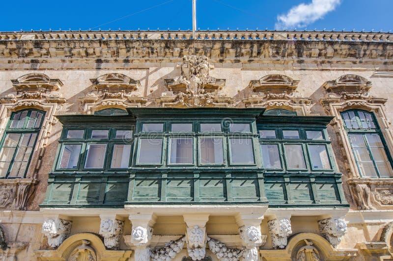 Balcone maltese tradizionale a La Valletta, Malta fotografia stock libera da diritti