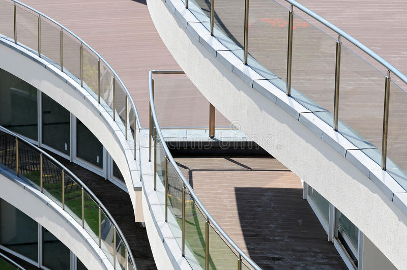 Balcone moderno dell'appartamento fotografie stock