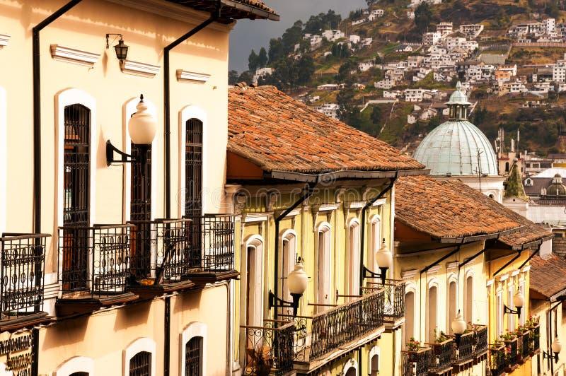 Balcones coloniales imagen de archivo libre de regalías