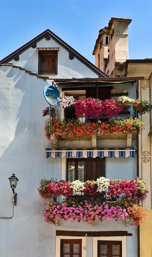 Fotos De Balcones Con Flores With Fotos De Balcones Con Flores - Fotos-de-balcones-con-flores