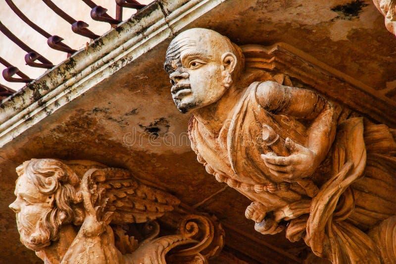 Balcones de estilo barroco Via Nicolaci en Noto, Sicilia, Italia imágenes de archivo libres de regalías