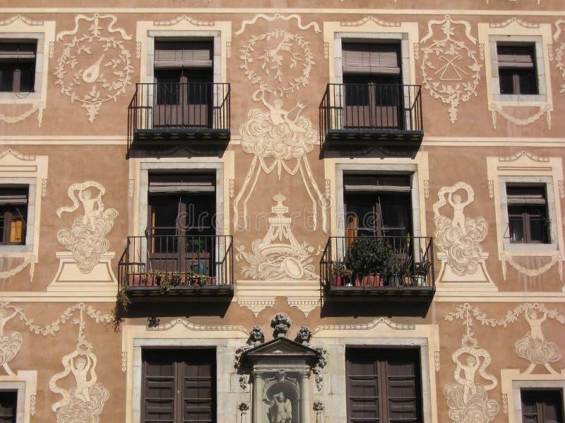 Balcones en Barcelona imágenes de archivo libres de regalías