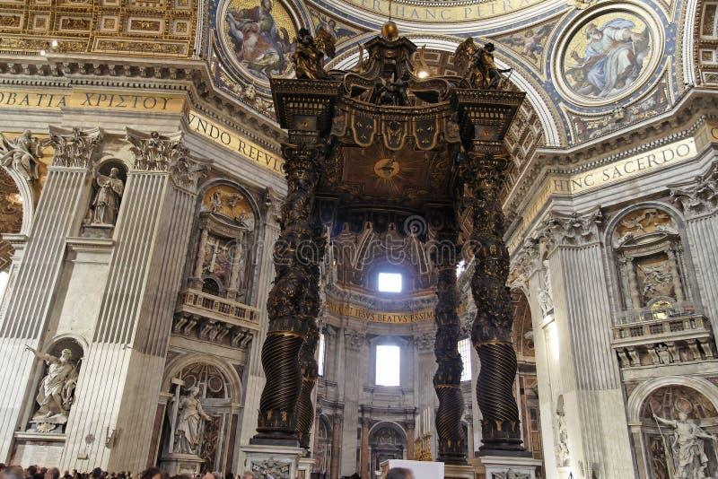 baldaquinstadspeter saint vatican arkivbild