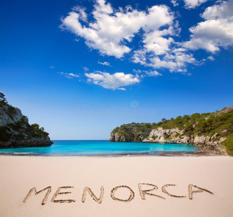 Balearic medelhavs- för Cala Macarella Menorca turkos arkivfoton