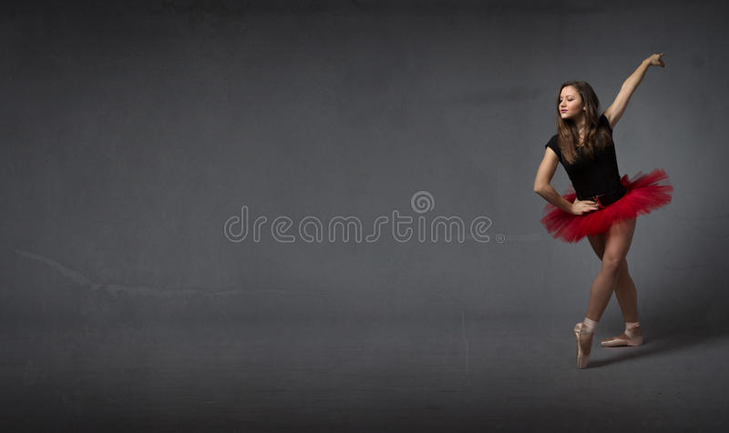 Balerina salutuje z elegancją zdjęcie stock