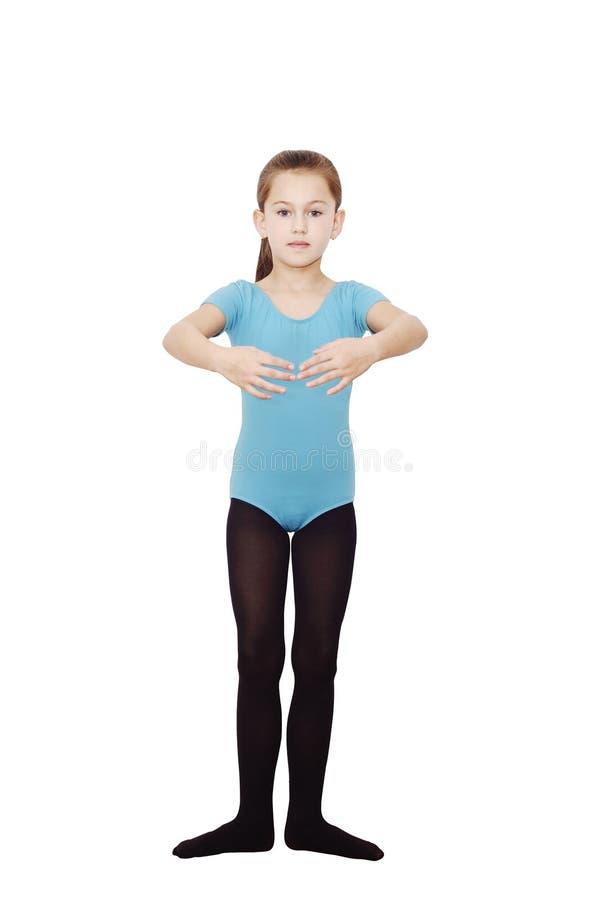 Baleriny dziewczyna 6 rok Ładna balerina ćwiczy ona pozycje odizolowywać na białym tle fotografia royalty free