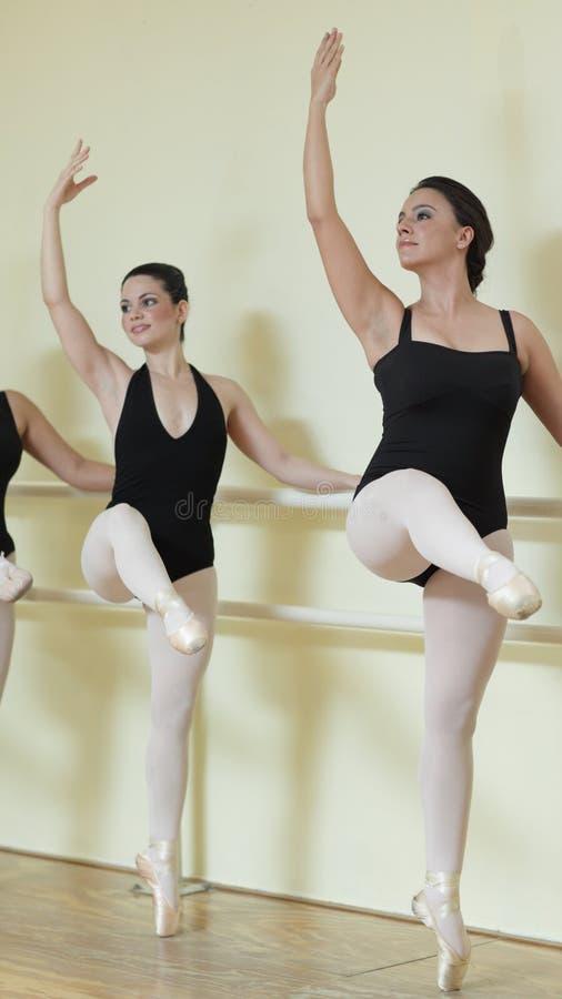 baleriny zakazują ćwiczyć obrazy stock