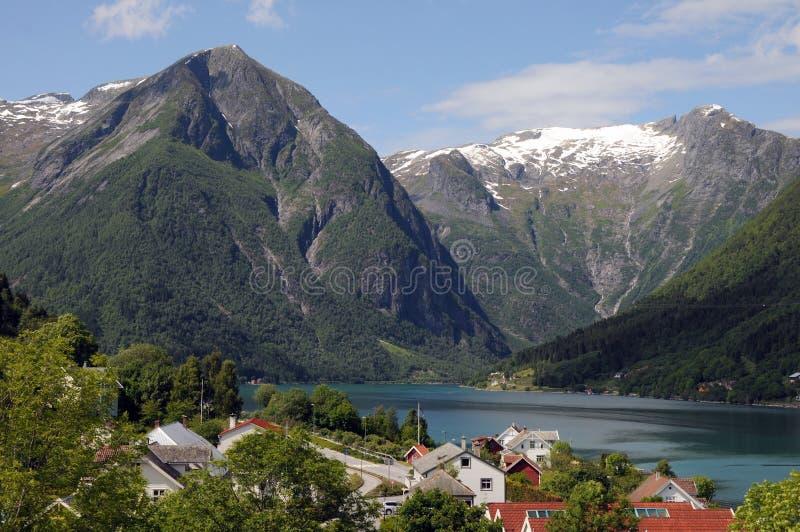 balestrandsognefjord royaltyfria foton