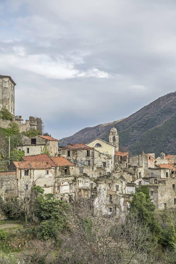 Download Balestrino immagine stock. Immagine di perché, landslide - 56878113