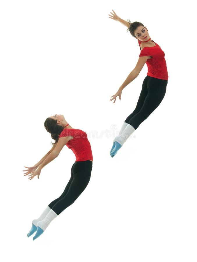 baletniczego tancerza doskakiwanie zdjęcie stock