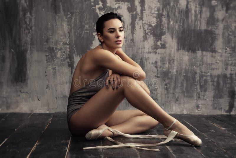 baletniczy piękny tancerz obrazy royalty free