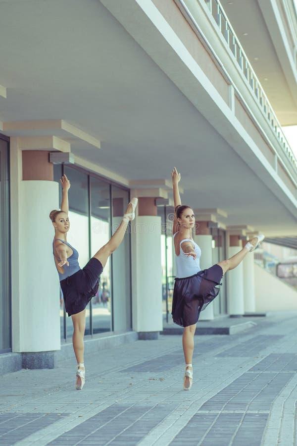 Balett i staden royaltyfri fotografi