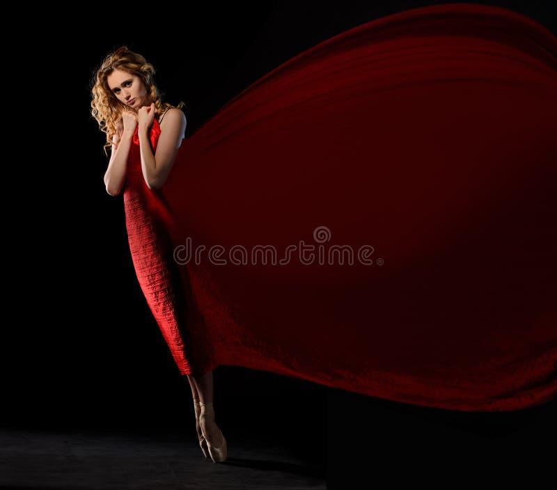 Balettdansör i rörelse royaltyfri fotografi