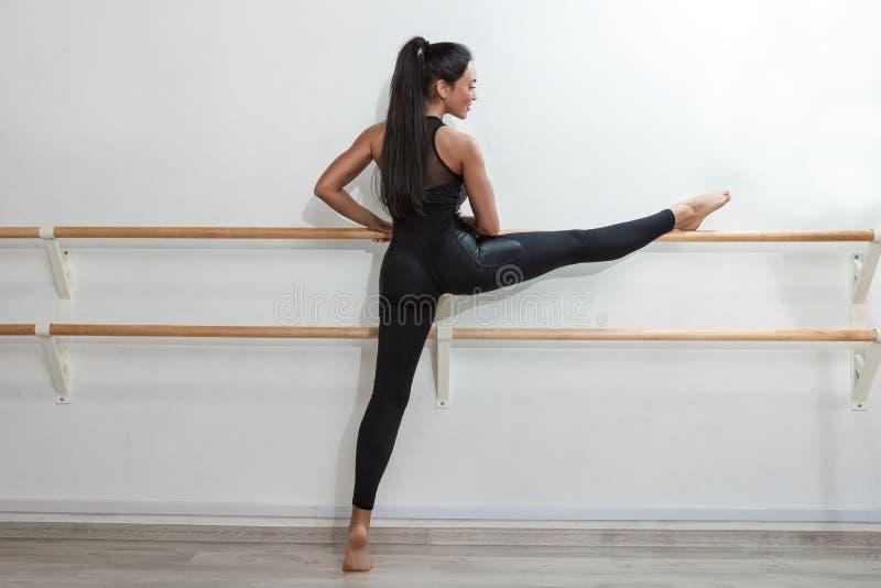 Baletten, dans, konst, samtida, koreografibegrepp royaltyfri bild